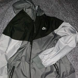Brand new!!! Nike windbreaker!!!